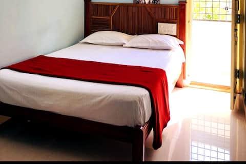 One Bedroom-Wifi-Balcony-Car Parking-Bangalore