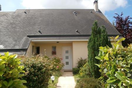 Spacieuse maison en Normandie  - House