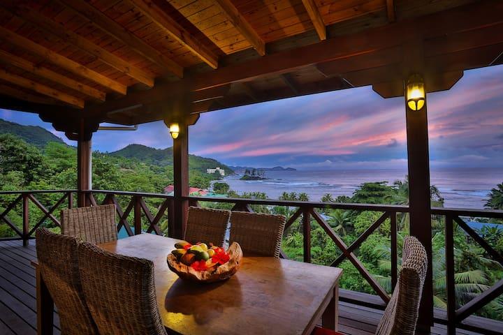 Brilliant place with stunning views - Port Glaud - Villa