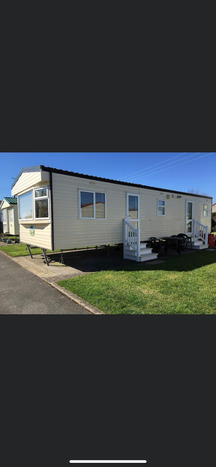 2 Bed Silver (419) Caravan on popular Sandy Glade