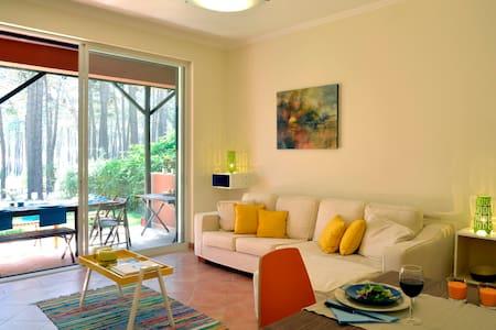 Exciting Lisbon Aroeira Beach Villa - Aroeira - Ev