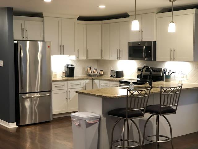 Saint Louis Hills apartment