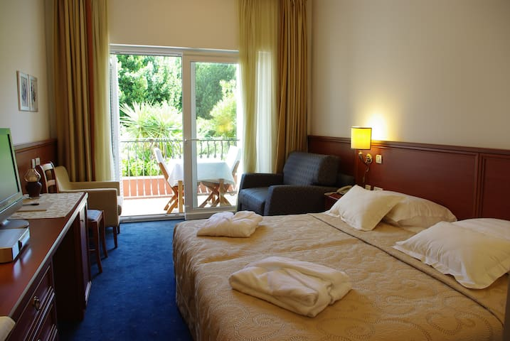 Room in Villa - Lovran - Bed & Breakfast