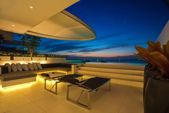 334 sqm 3-bedroom Luxury Sky Suite - Phuket - Karon - 別荘