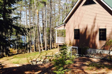 Maine Coast - Damariscotta Lake - Nobleboro - Cabin