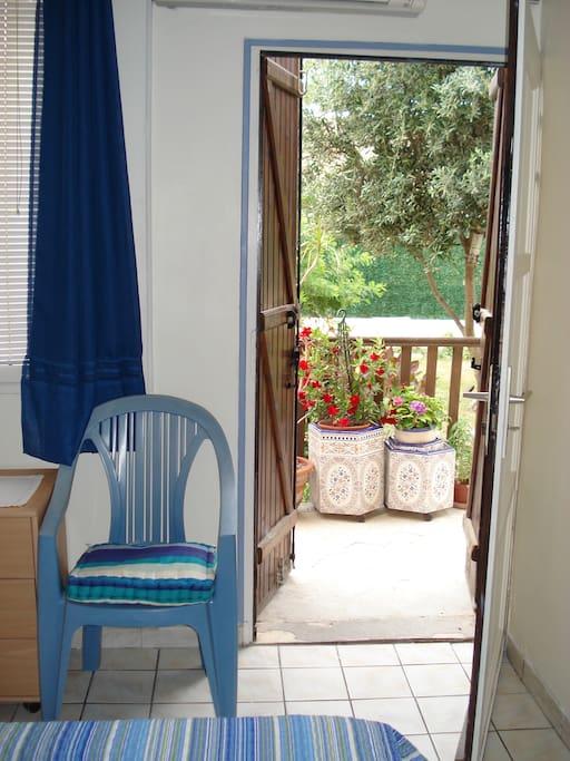 rdc porte privée sur le jardin