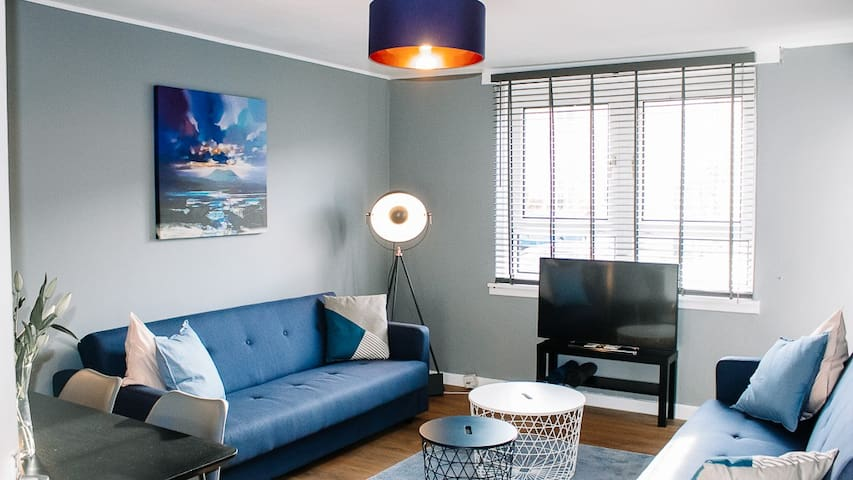 Anchored | Homely Apartment in West Glasgow