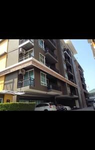38 SQM One double bedroom Condo - Tambon Saen Suk
