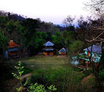 Eco-friendly homestay at mud house - Nagrota - House