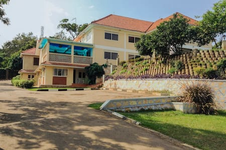 2BR fully self contained House  - Kampala