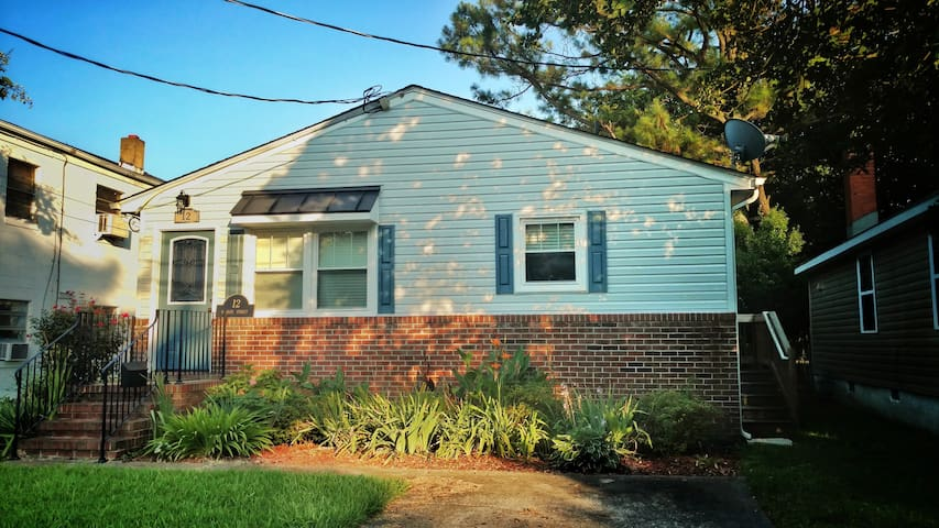 Home in Downtown Phoebus!