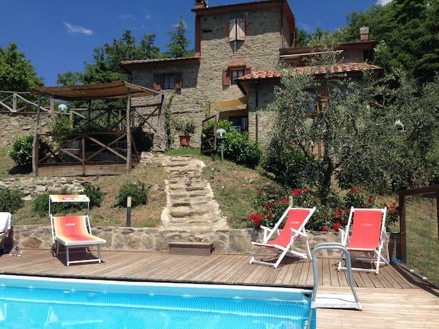 HOLIDAY HOUSE CASALE AIACCIA - Arezzo - Villa