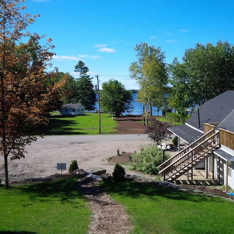 Luxury Lake Muskoka Family Getaway - Bracebridge