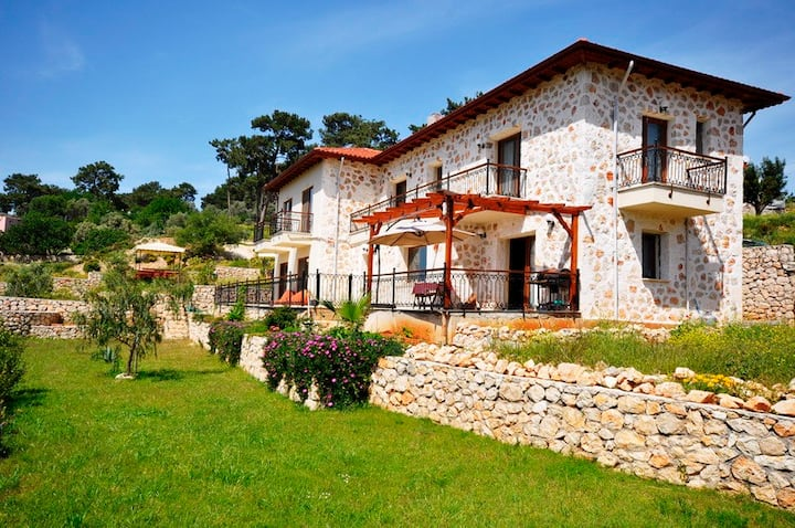Meyveli Ev, House of Fruit, Rural Guesthouse