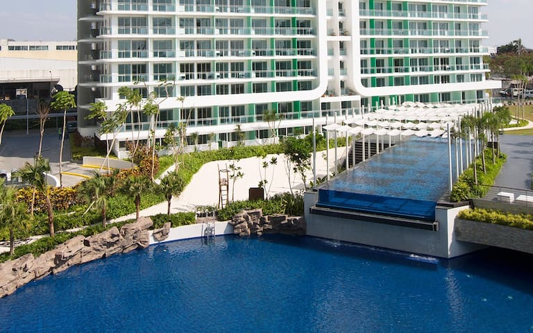 1BR Condo in Azure Urban Resort Residences