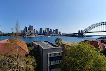 Wake up to the best view in Sydney!