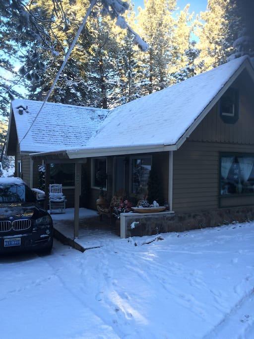 European cottage style room chalet in affitto a tahoe for Animali domestici della cabina del lake tahoe