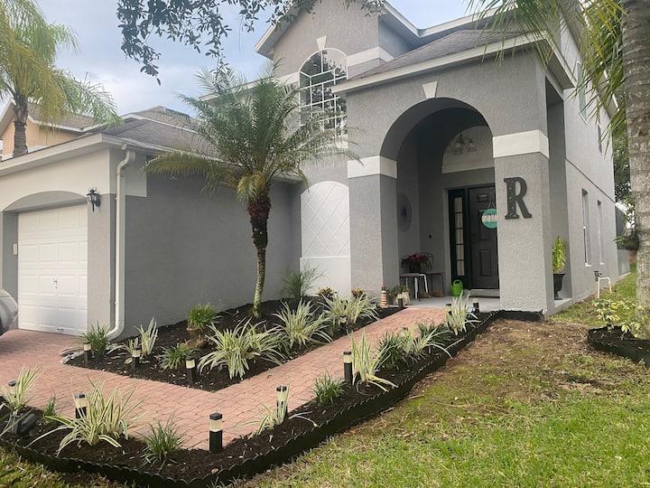 Villa home -Haines city