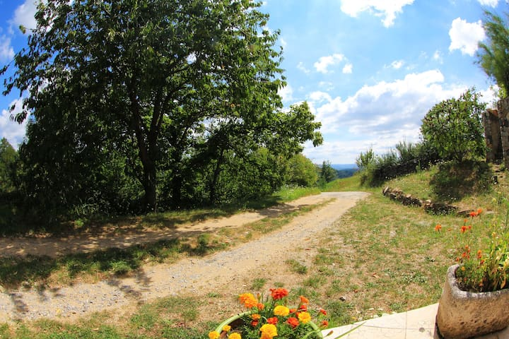 Gite Les Chátaigniers - Saint-Andéol-de-Vals - Casa