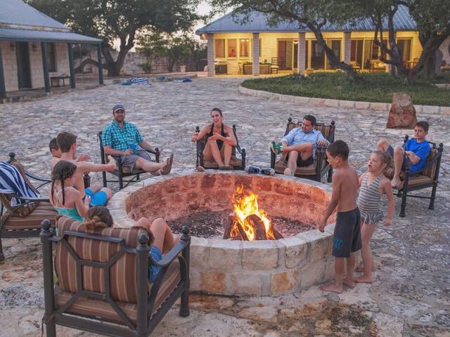 The Alamo Resort and Dancehall - sleeps 23