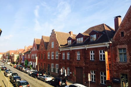 Lodging in the heart of Potsdam's Dutch Quarter - Lägenhet