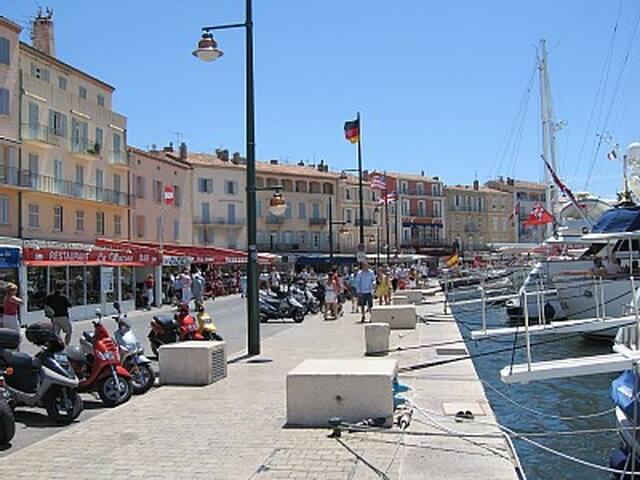 Mobile-home aan zee, Port Grimaud, Cote d'Azur - Grimaud - Cabaña