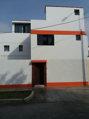 La Casa de Celeste en San Miguel