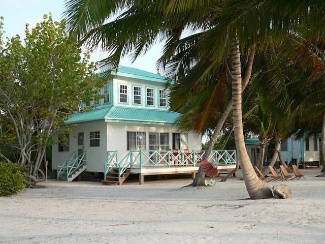 Charlie's Island: A private playhouse on Long Caye