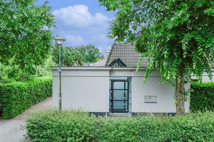 Luxury semi-detached house near Amsterdam