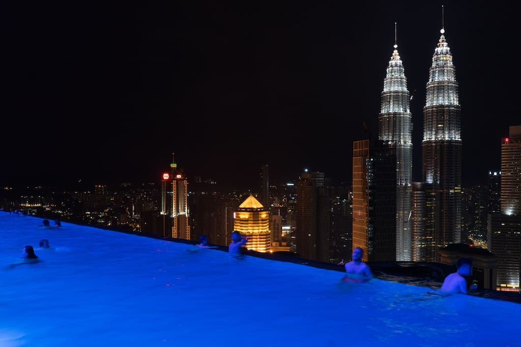 Relaxing night view of KLCC from the roof top infinity pool