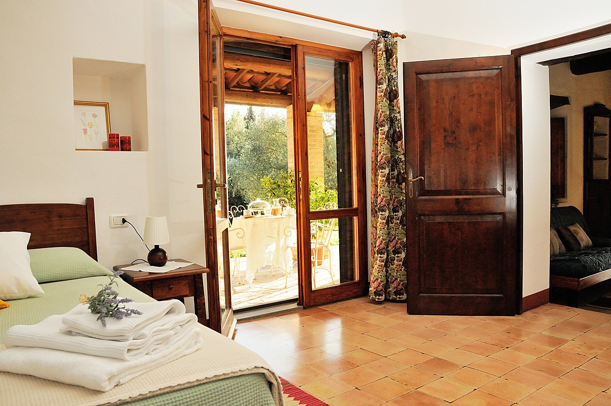 Apartments for sale in Todi photos