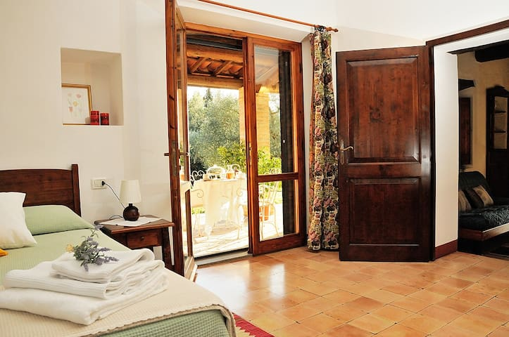 Two rooms in the country with pool - Todi - Wohnung