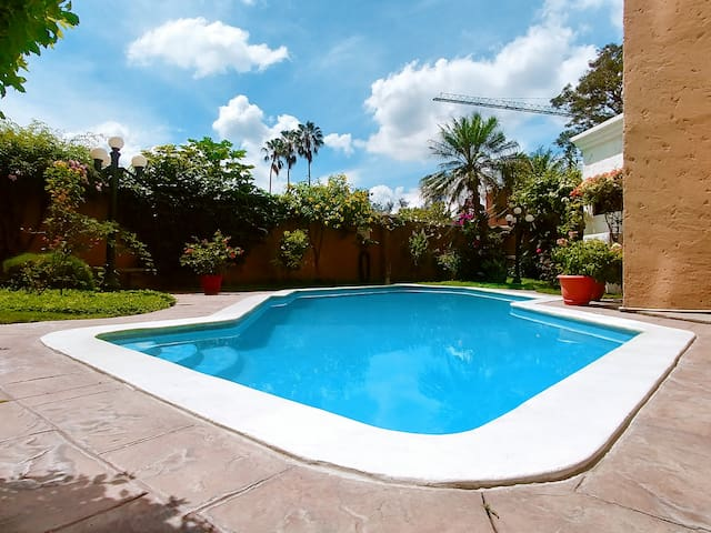 Pool, BBQ and Garden in Common Area. 1st Level.