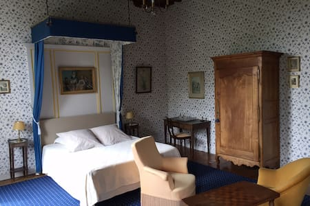 Blue room Château d'Asnières-Omaha Beach - Pension