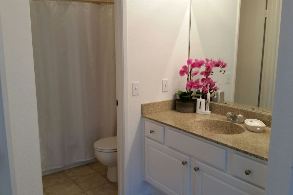 Immaculate and clean bathroom!!