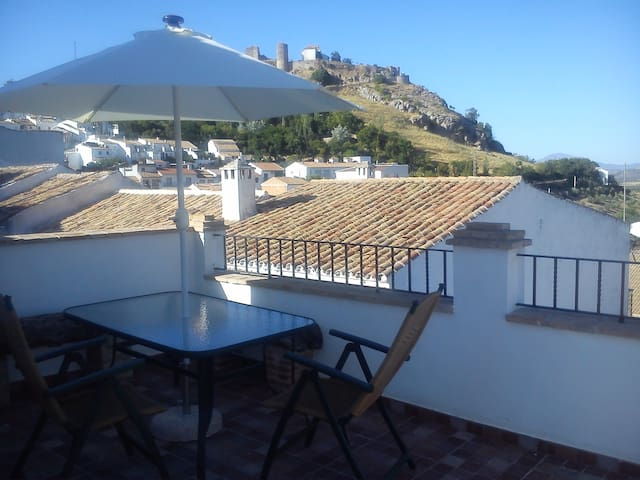 Casa Mitra in the center of Andalusia - Carcabuey - House