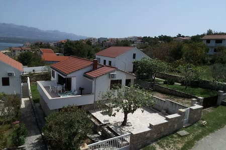 Charming vacation house in Novigrad