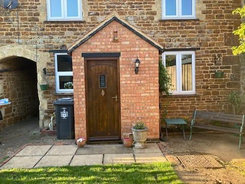 The Old Washroom No19 - 2 Bed Cosy Village Cottage