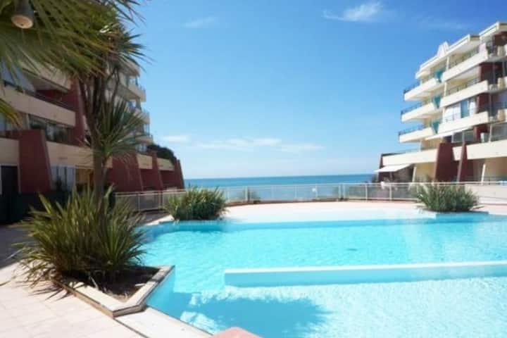 Appartement vue mer-climatisé-piscine-wifi-parking