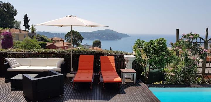 French Riviera/Villefranche s/mer vue Cap Ferrat