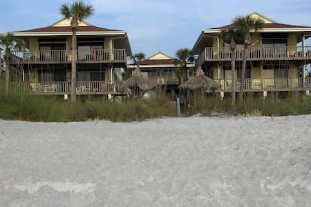 Pelicans Roost Beach House