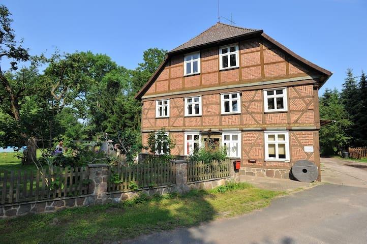 Ferienwohnung in historischer Mühle - Lüchow / Beutow - Apartament