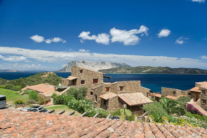 By the sea with amazing view - Capo Coda Cavallo - Hus