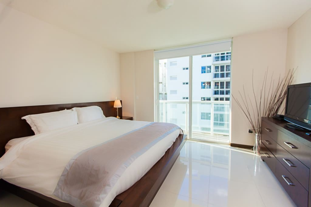 .LOCATED AT TOWER 1  .3 BEDROOMS  .COMFY BEDS