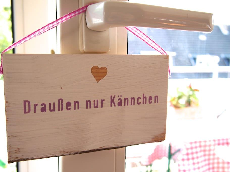 bett mit balkon mitten in k ln wohnungen zur miete in k ln nordrhein westfalen deutschland. Black Bedroom Furniture Sets. Home Design Ideas