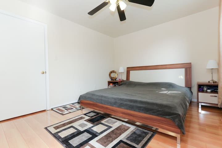Master bedroom in NW DC