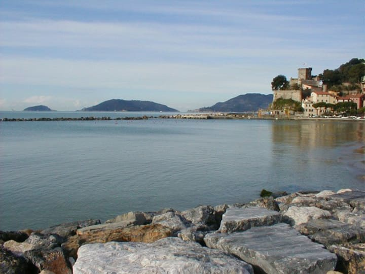 A cosy b & b in San Terenzo -Lerici