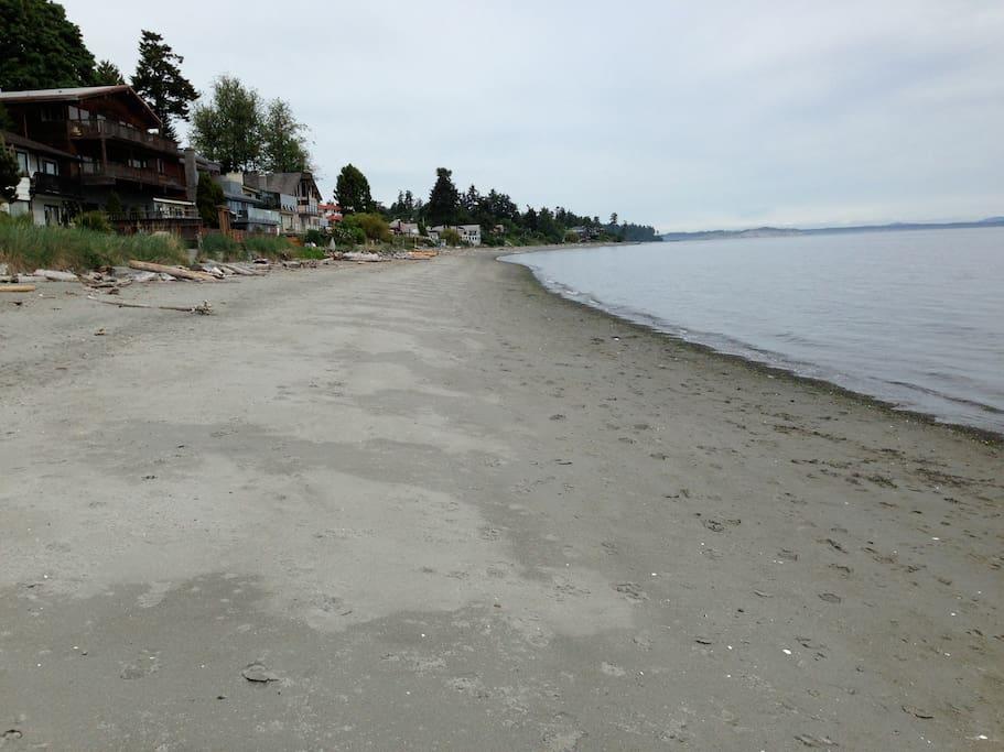 Cordova Bay beach and Beach house restaurant