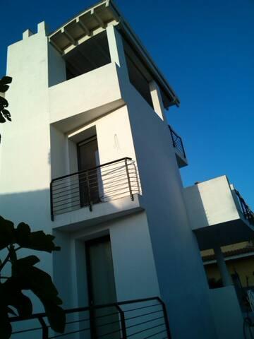 Suite king con veranda e solarium - Olbia - Lägenhet