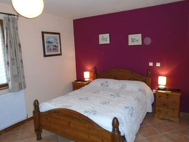 ASpace Gites-Gite 1 sleeps 6 Great for Futuroscope
